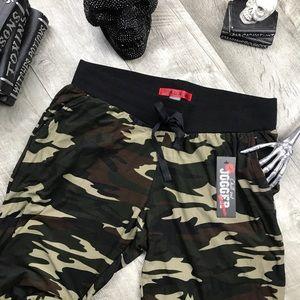 Pants - Deep Camo butter soft joggers w pockets
